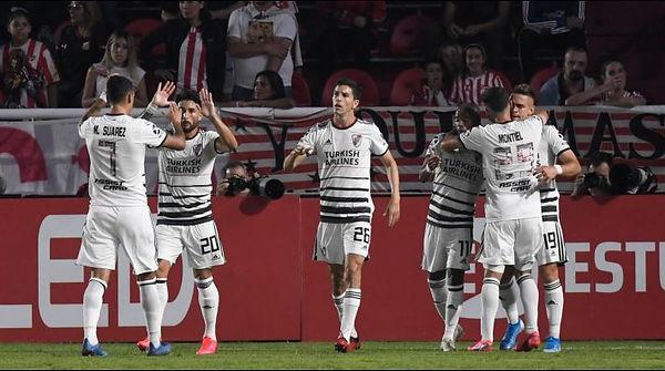 River_Plate_casi_campeón.jpg