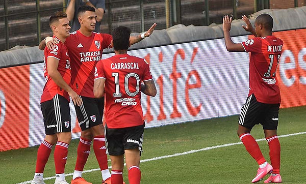 Platense 0 River Plate 1.jpg