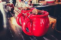 mugs-3872461_1920.jpg