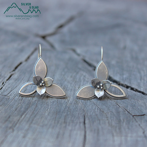 Trillium Wildflower Sterling Silver Moveable Dangle Earrings