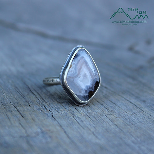 Mojave Desert Agate set in Sterling Silver Simple Statement Ring - Size 6
