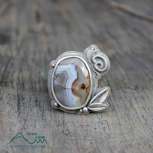 Mojave Desert Agate set in Sterling Silver Snail & Leaf Statement Ring - Size 7