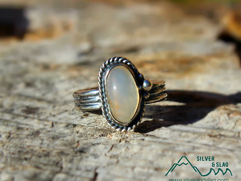 Small Malibu Agate set in Sterling Silver Ring - Size 5     | Silver & Slag |