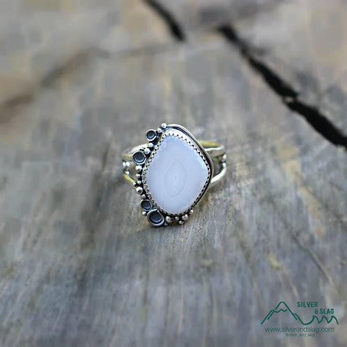 Malibu Agate set in Sterling Silver Ring - Size 10           | Silver & Slag |