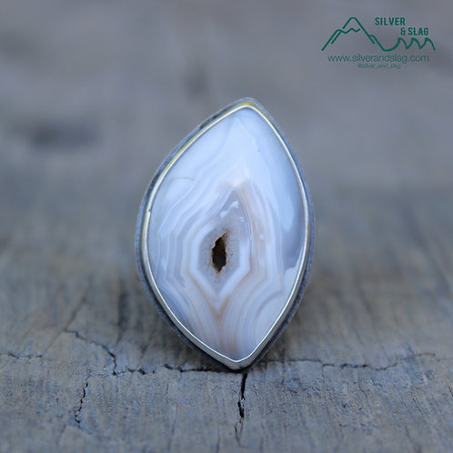 Beautiful Mojave Desert Agate set in Sterling Silver Statement Ring - Size 6