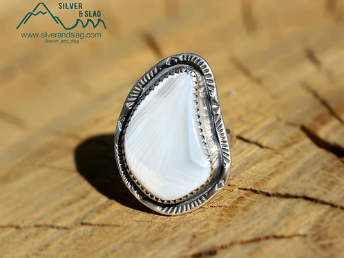 Malibu Parallax Agate set in Sterling Silver Ring - Size 5.5     Silver & Slag  