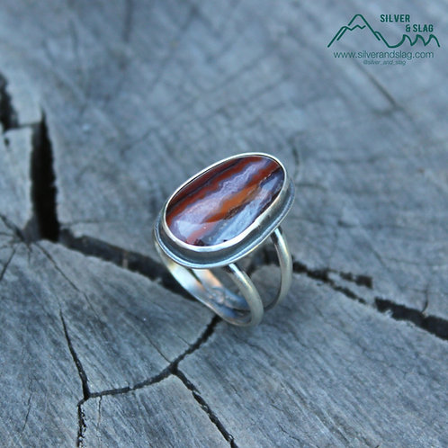Mojave Desert Seam Agate set in Sterling Silver Statement Ring - Size 6.5