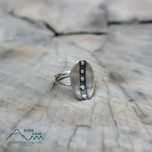 Sterling Silver Wandering Leaf Ring - Size 7         | Silver & Slag |