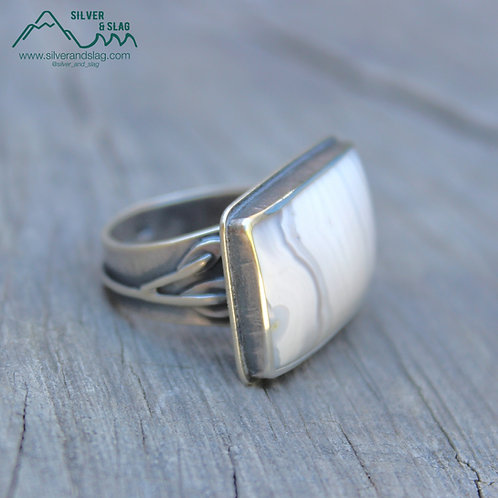 Mojave Desert Agate set in Sterling Silver Tree Branch Statement Ring - Size 7