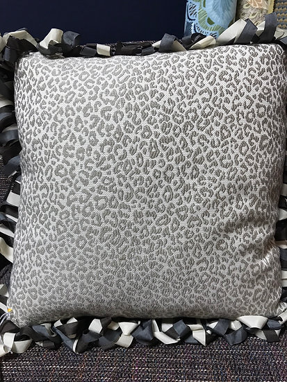 Spotted down pillow w/ ribbon fringe
