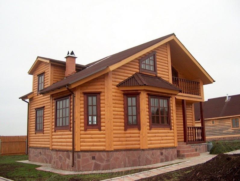 Фасад коттеджа из Блок-хауса