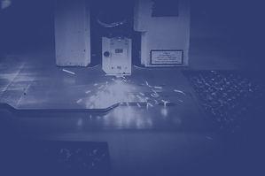 laser-2819141_edited.jpg