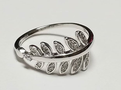 925 Sterling Silver Leaf Ring with white Zirconia