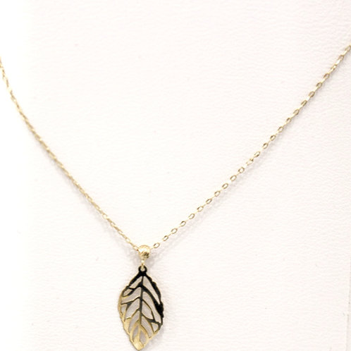 10K yellow gold necklace with leaf pendant