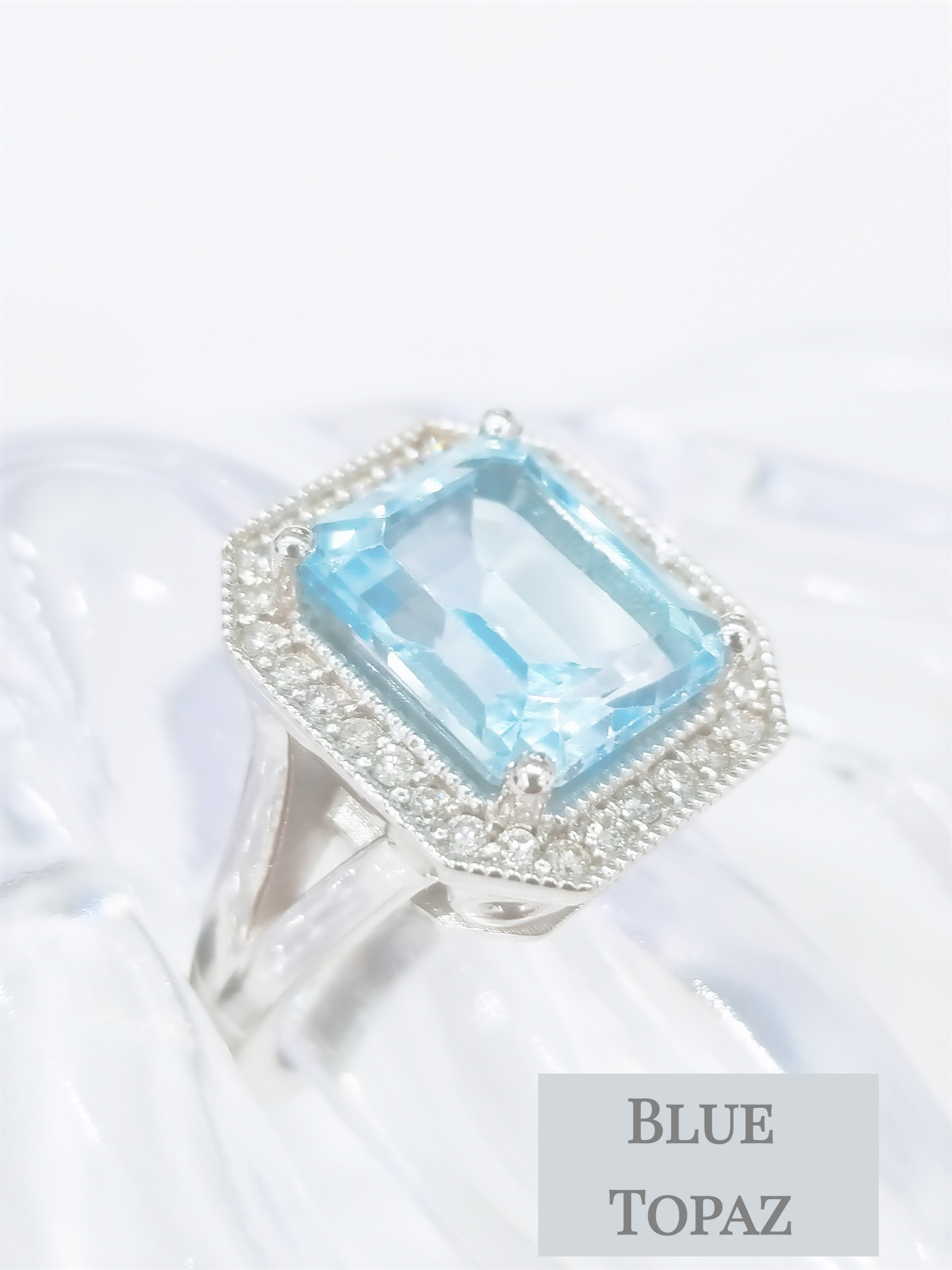 Blue Topaz diamonds ring