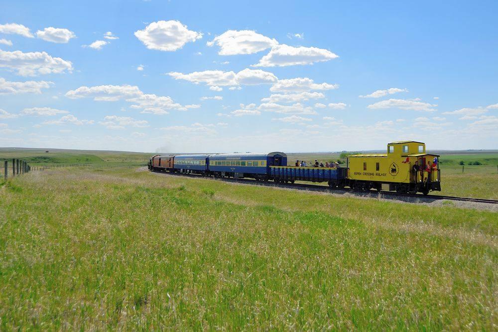 Aspen_Crossing_Railway_1.jpg