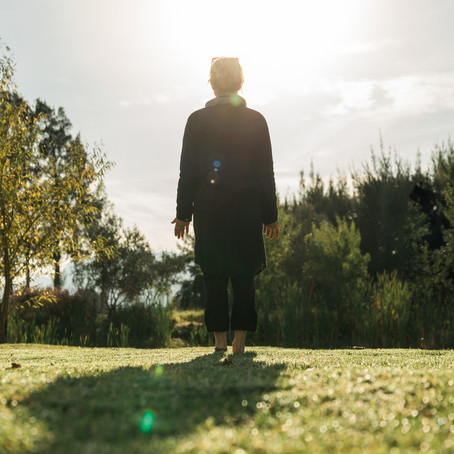 A Moving Hinge Never Rusts - The Healing Benefits of Qi Gong