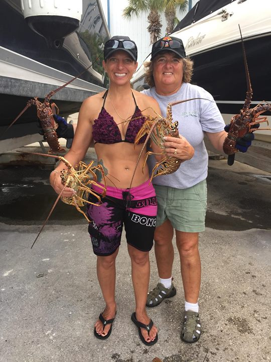 Sisters Lobster Slayers WPB Scuba