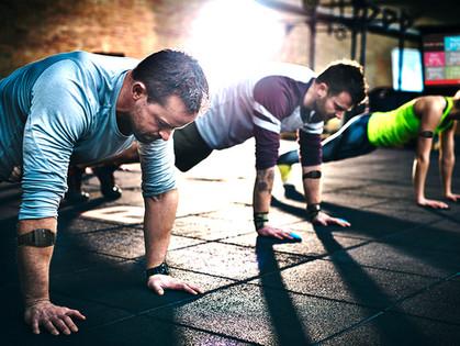 Crea retos para aumentar la atracción y retención de clientes en tu negocio de fitness