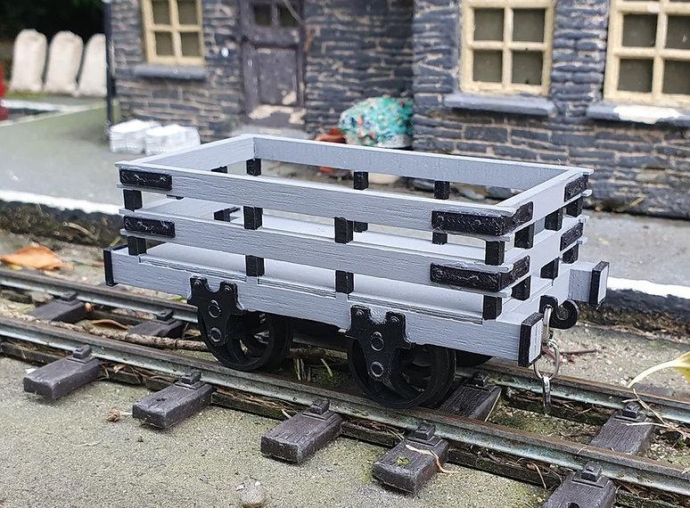 Slate-Wagons-002.jpg