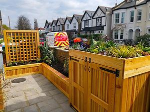Front garden - planter.jpg