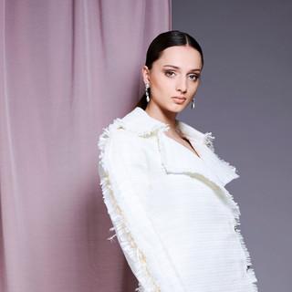 Beautiful Consciousness - Model Zora Gro