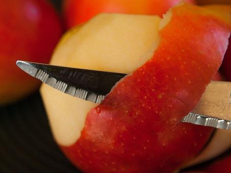 DIY Natural Apple Skin Peel