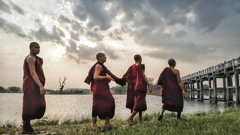 Myanmar_Elan Mizrahi Photography.jpg