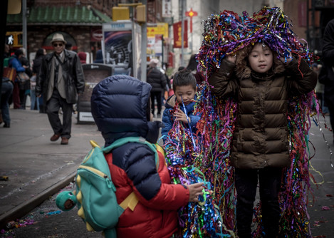 kids on chinese new year