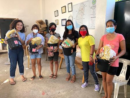 Typhoon-stricken families in CamSur receive livelihood aid