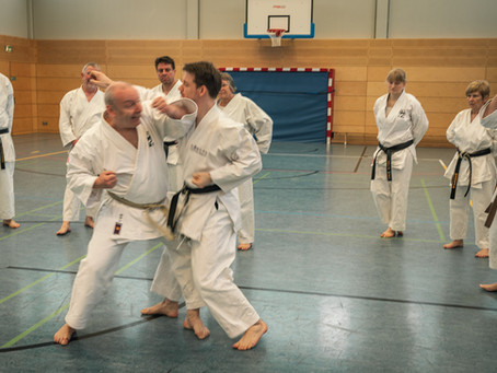 Karate Grundlagen Training in Bous