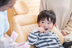 幼児の歯の治療
