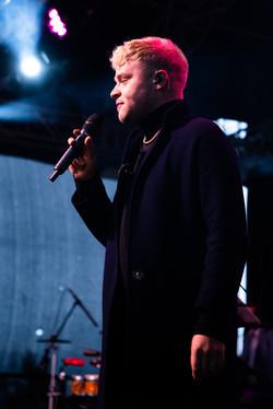 Male Singer Live