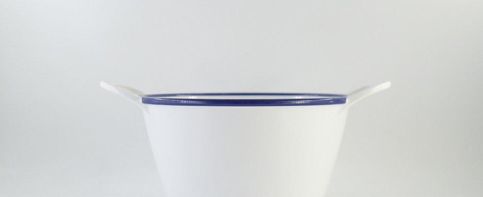 aro ถ้วยกลมใหญ่มีหูจับ สีขาวขอบน้ำเงิน