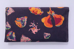 natures romance_clutch back