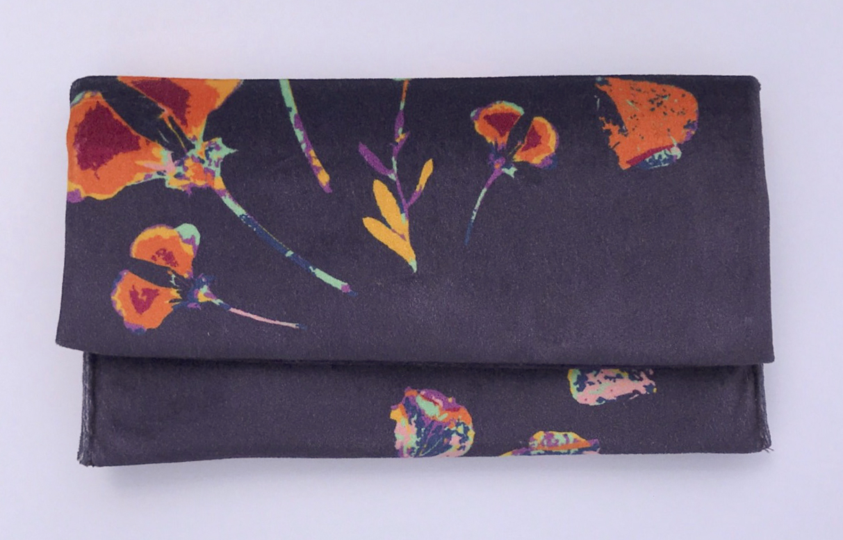 natures romance_clutch front