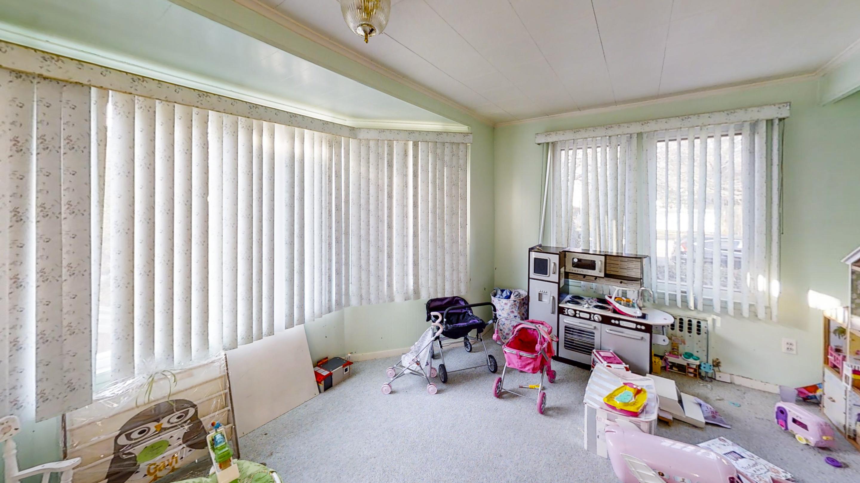 24-Oakland-Avenue-Bedroom