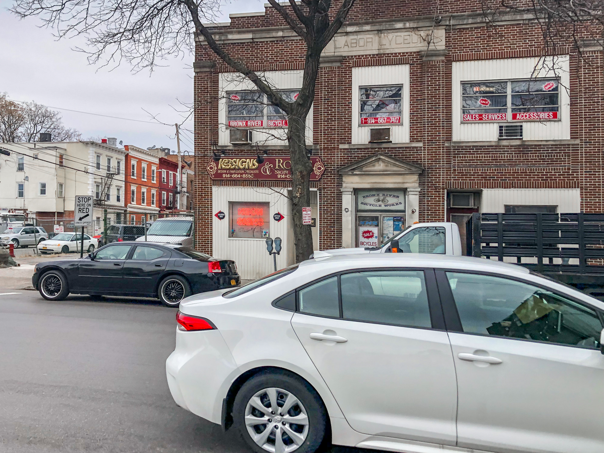 19-31 Mount Vernon Avenue