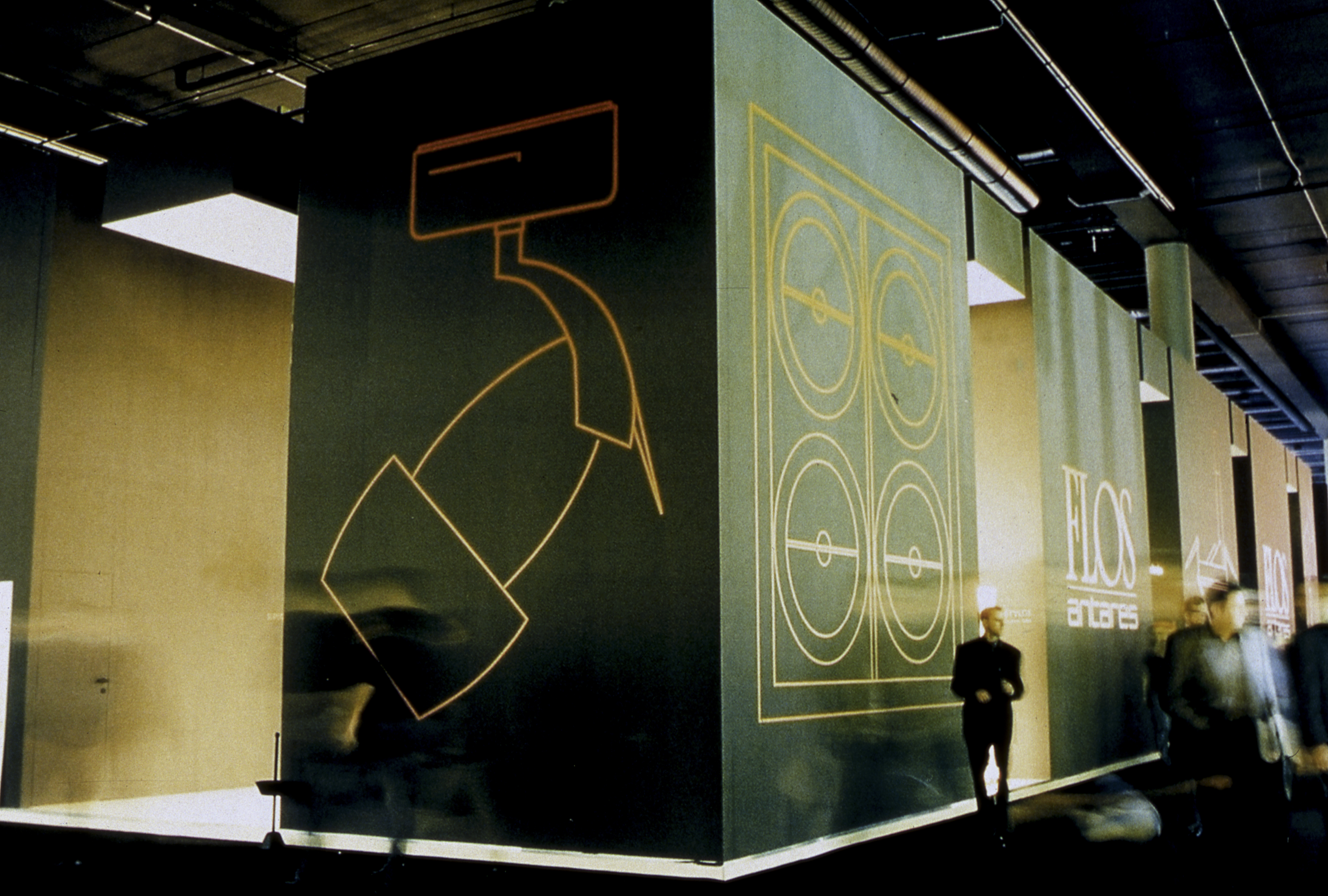 Light+Building 2002