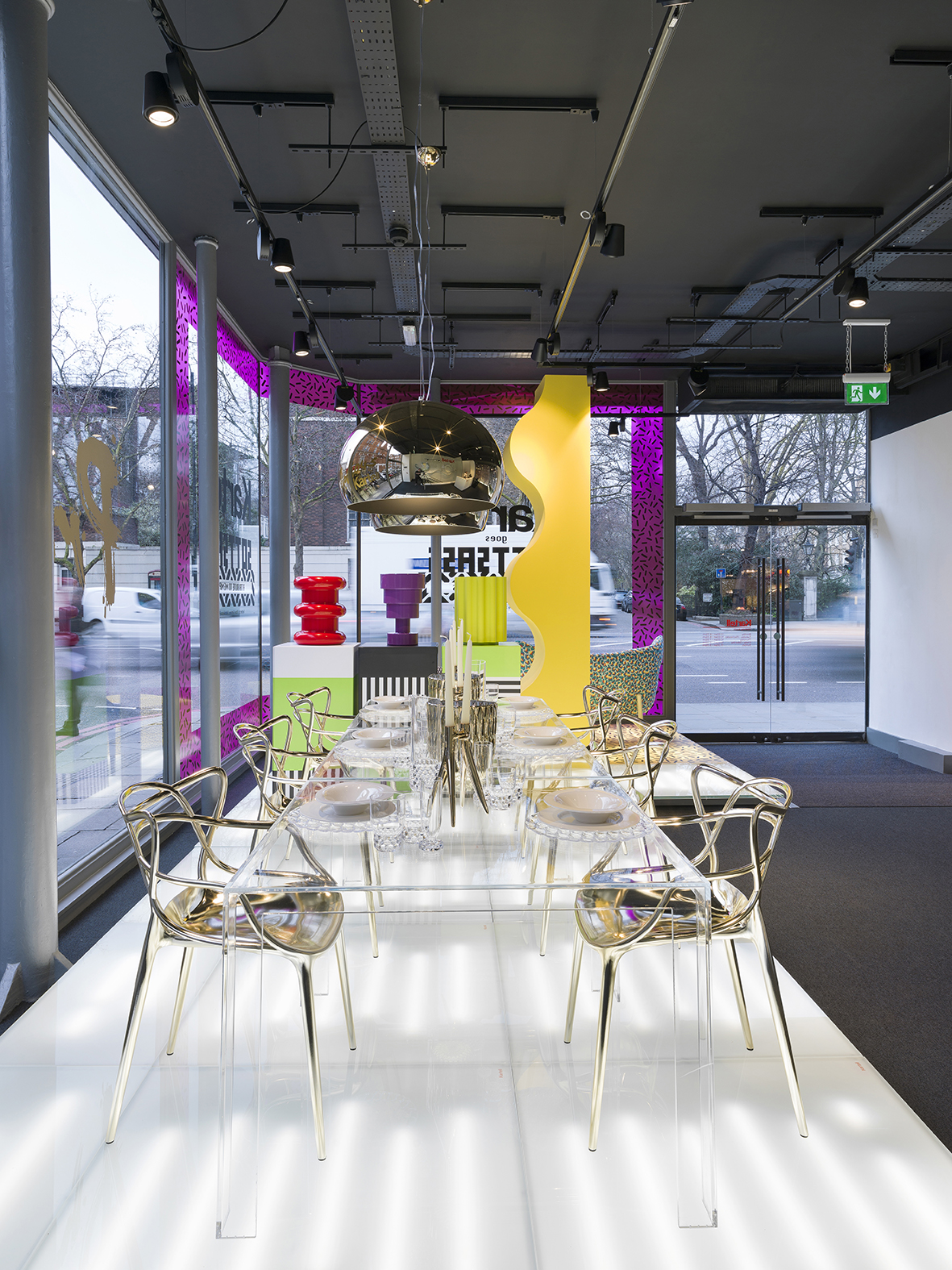 16_Kartell London Flagship Store_By Andrew Meredith.jpg