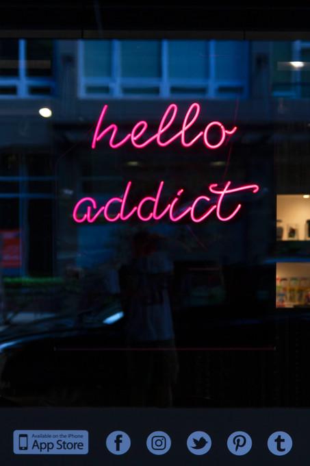 Hello Addict