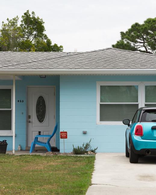 Blue Car x Blue House