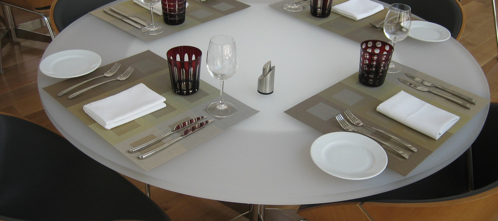 WAC Rest. Round Table.JPG