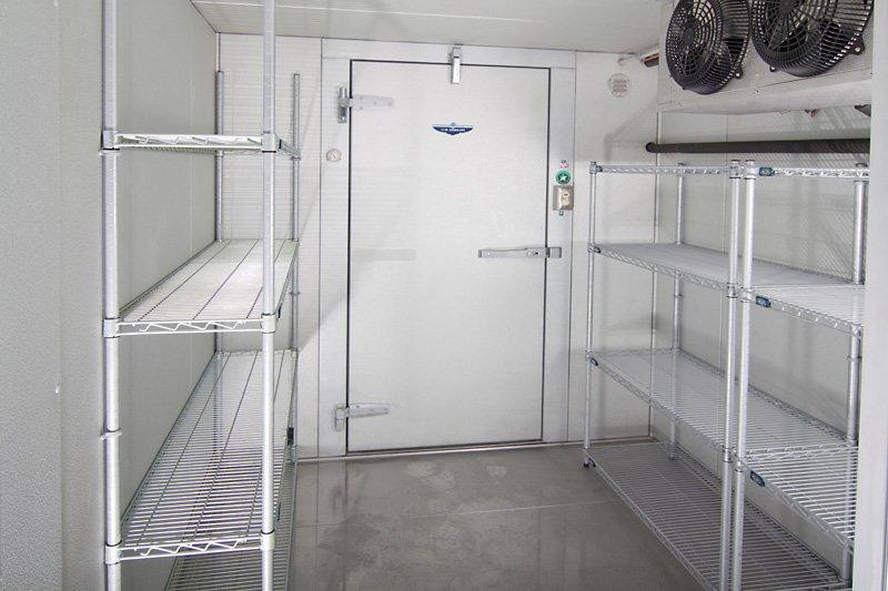 HOW TO CLEAN YOUR  WALK-IN REFRIGERATION