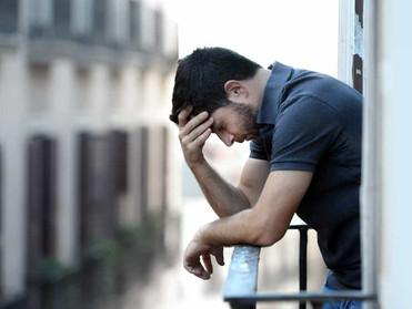 MENGELOLA KEKECEWAAN DAN STRESS