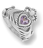 Azna crown heart ring