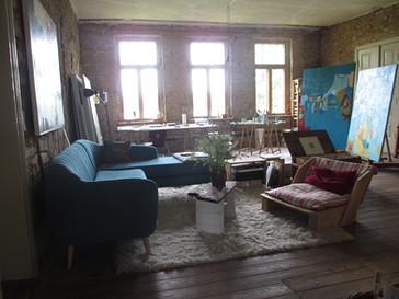 Der Arbeitsraum im Gutshaus von Sabine Puschmann.