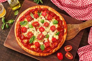 circular-margherita-pizza-chopping-board