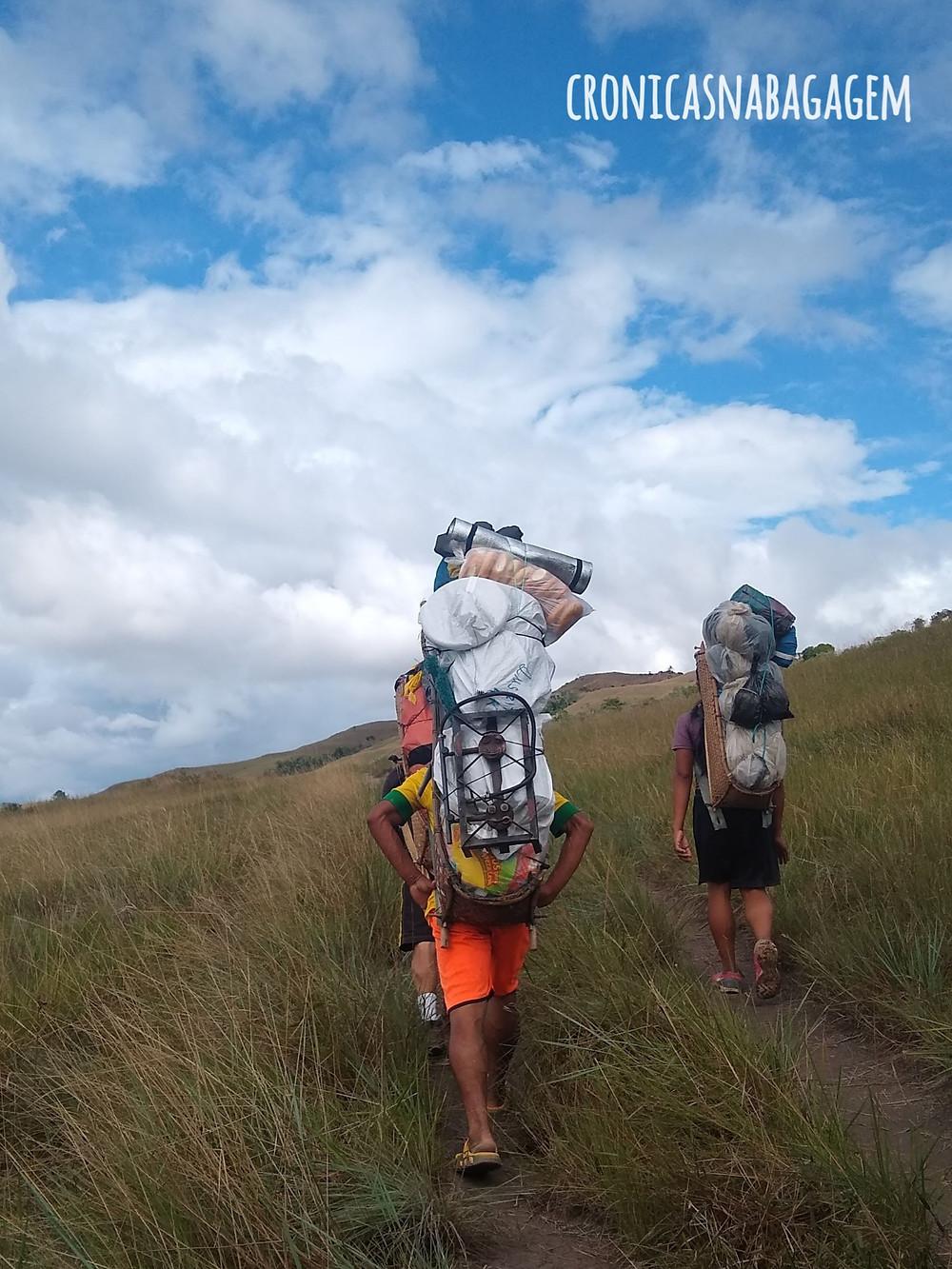 Venezuelanos encarregados da logística para subir ao Monte Roraima
