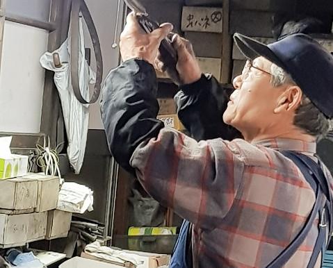 Kudo Shears & Yamagata Uchi-Hamono (Hand-forged tools)